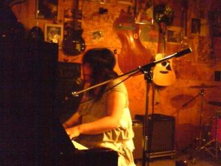 舞依子ライブ報告20100531